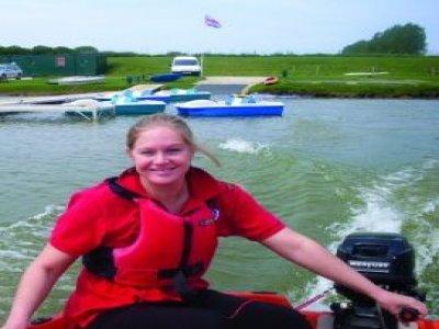 Allerthorpe Lakeland Park Powerboating