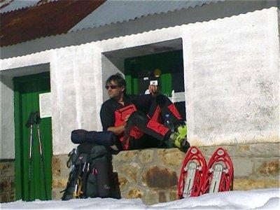 El Refugi Escola de Natura i Muntanya Raquetas de Nieve