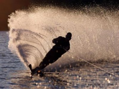 Allhallows Yacht Club Water Skiing