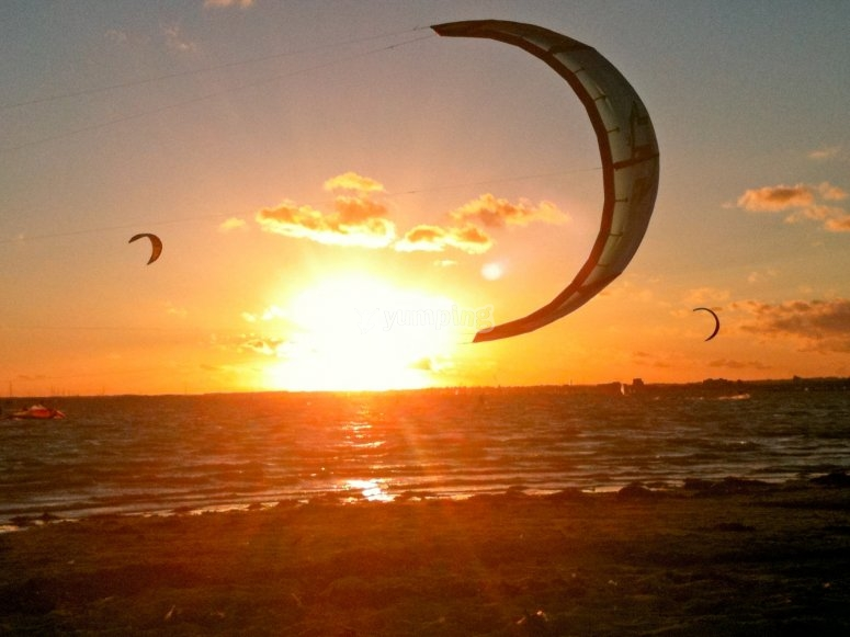 personalized kitesurfing packages