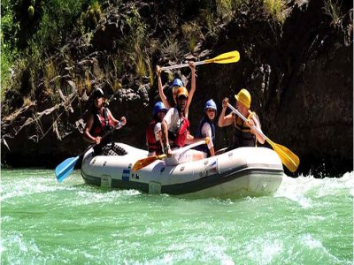 UNO Outdoor Activities Rafting