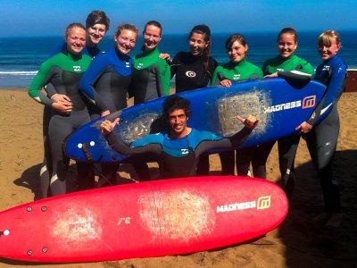 Moana Surf Hostel Campamentos de Surf