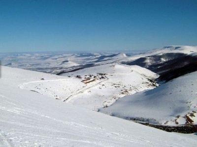 Escuela de Esquí y Snowboard La Calgosa