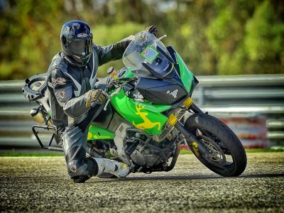 MOA Multiocio y Aventuras Cursos de Conducción de Motos