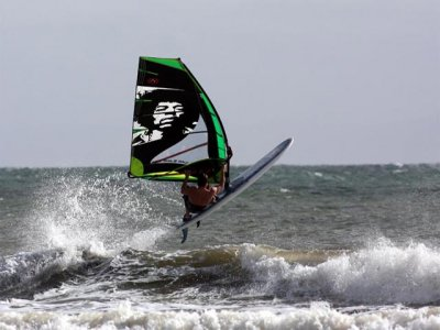 Where to Kitesurf and Windsurfing in the UK