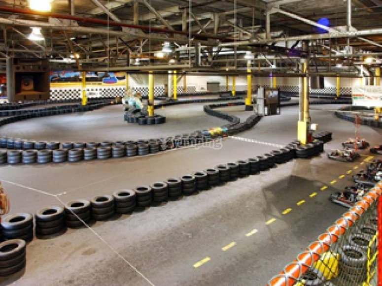 indoor karting circuit