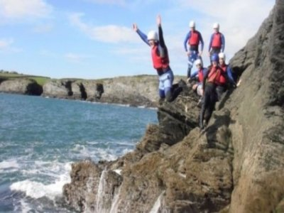 Up 4 It Outdoors Mentro Mor A Mynydd Coasteering
