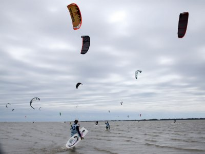 Kitesurfing Half Day Taster Essex