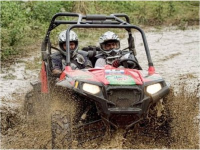 Motos de Nieve y Quads Buggies