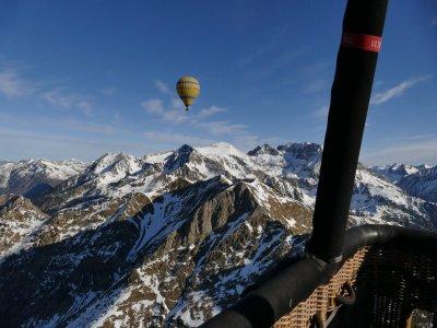 Balloon Ride Pre-Pyrenees and Camarasa + Photos