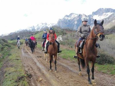 Horseback riding in Picos de Europa, 3 hours