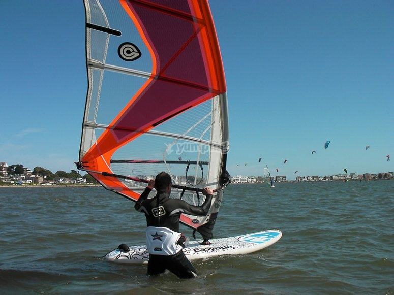 Become a proficient windsurfer!