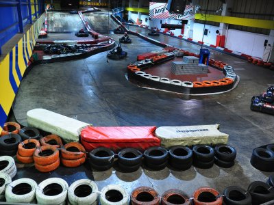Happy hour Kart Racing (under 16 yrs)