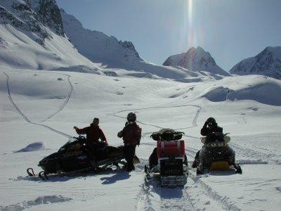 Viaje Esquí Motos de Nieve