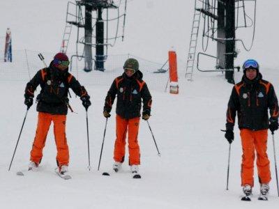 Escuela de Esquí Valle de Bená s