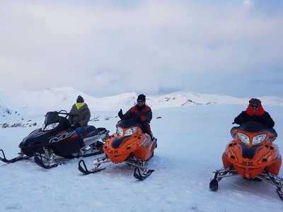 1h Night-time Snowmobile for 2 in Andorra