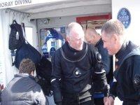 Seasoned divers