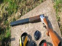 Gun and Clays