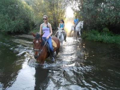 3-hour Horse riding route Riverside of Tormes
