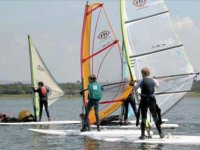 Learning to windsurf