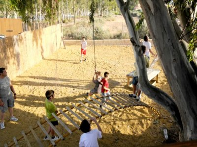 Pack climbing wall+zip-line+Tibetan bridges, Turre