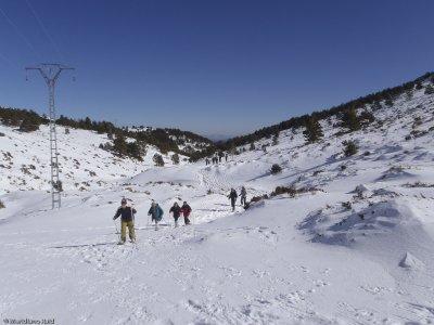 Snowshoes & Picnic in Navafría Port