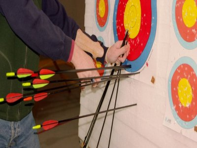 Archery session in Sort. 30 minutes.