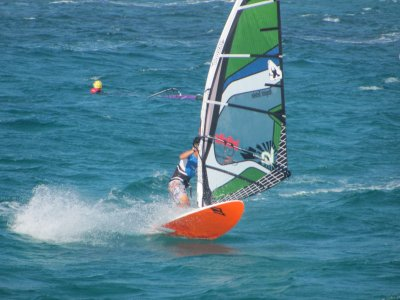 2 Windsurfing courses in Arenales del Sol - 6h