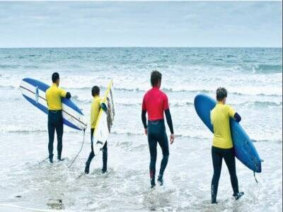 Surfing lessons for kids in Amble for 1h45