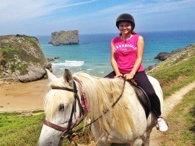 1 Hour Horse Riding Tour Landscapes of Celorio