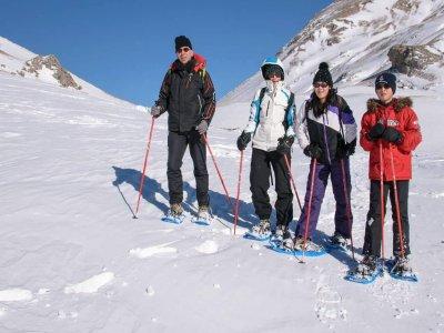 Snowshoes Hike in Ordesa - 2 hours