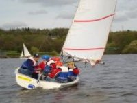 Youth group sailing lessons