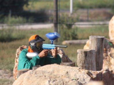 Paintball Game with 100 Balls Load in Deltebre