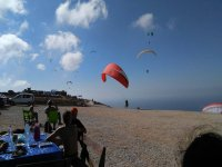 Celebrate paragliding events with Mid Wales Paragliding Centre