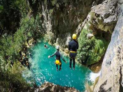 Canyoning in Río Verde, Granada,Upper Stretch