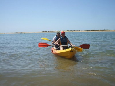 Pack kayak, paddle surf and archery in Huelva