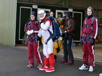 Expert skydivers