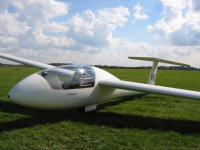 A glider in Staffordshire Gliding Club