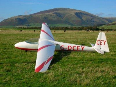 Lakes Gliding Club