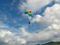Tandem parachute ride