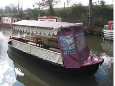 Red Line Boats