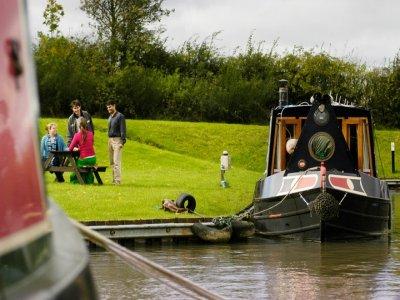 Weltonfield Narrowboats