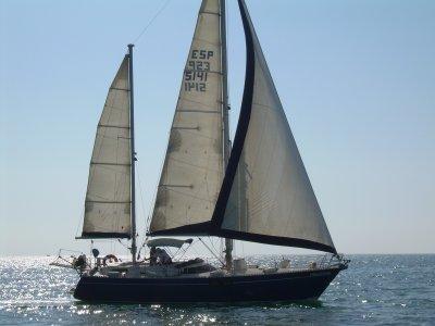 Sailing Boat Tour Around Benidorm Islet from Altea