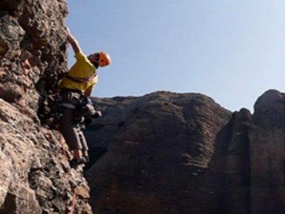 Advanced level climbing in Mallo de Riglos