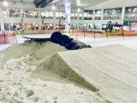 Enjoy our facilities at Sno! Zone Milton Keynes Snowboarding