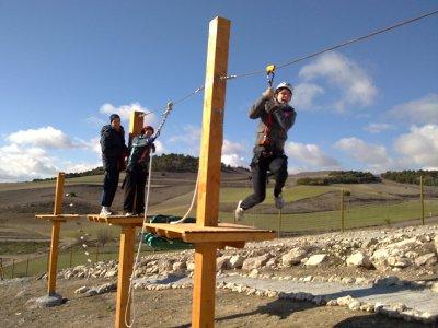 Action Paintball y Aventura Tirolina