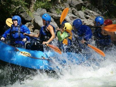 Rafting stretch 42 km from Llavorsí to Figuereta