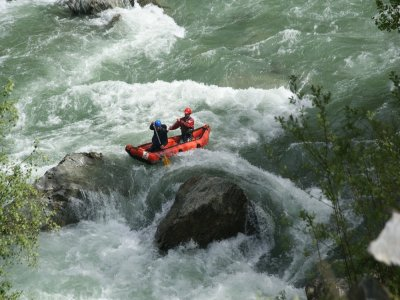White waters canoe descent from Rialp 14 km