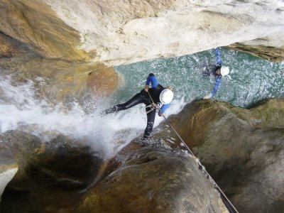 Canyoning + Accomodation, in August, Huesca