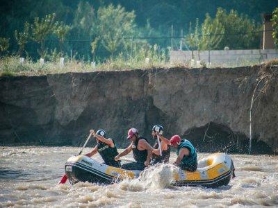 Rafting down Genil river + bungalow accomm.